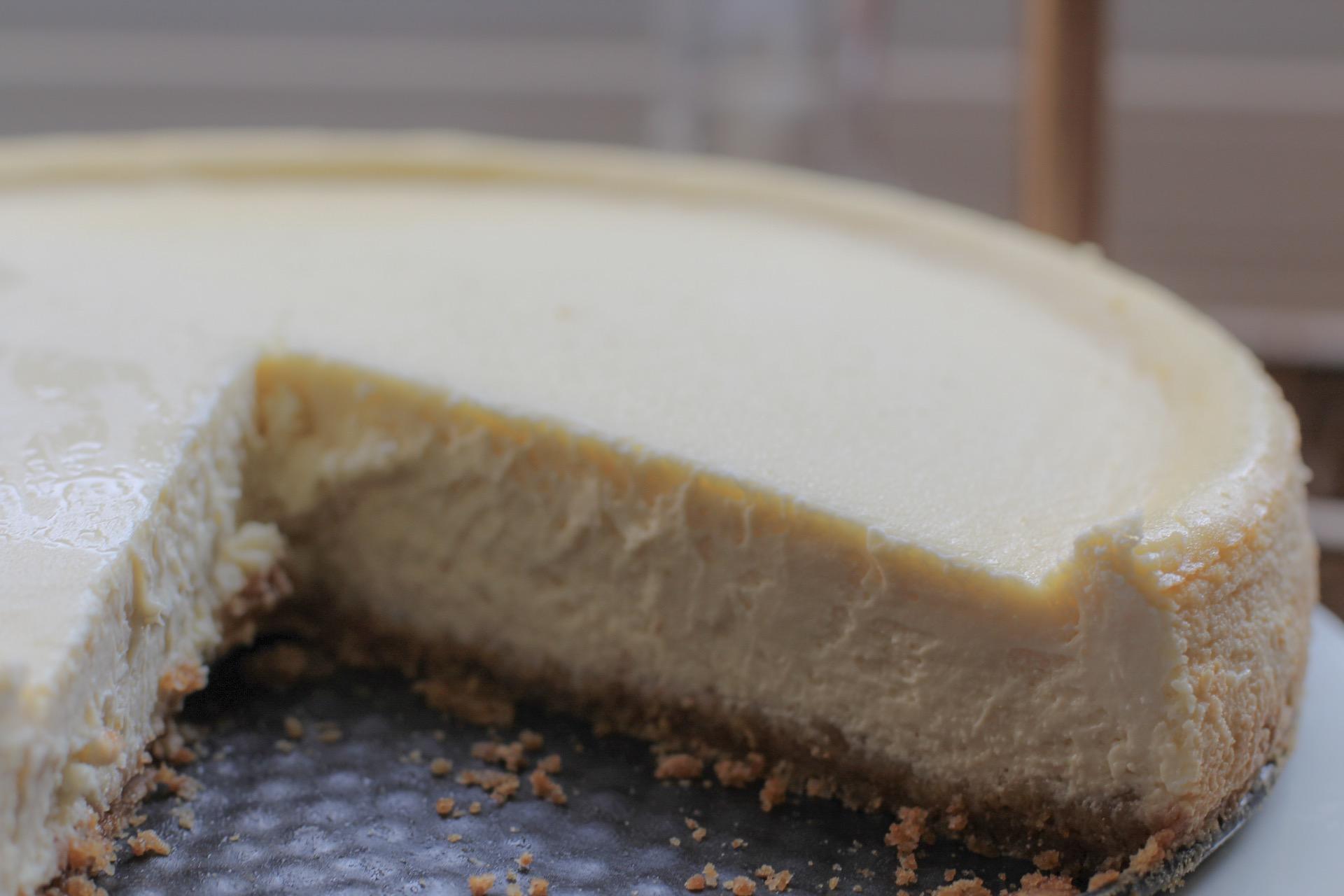 cheesecake on springform pan