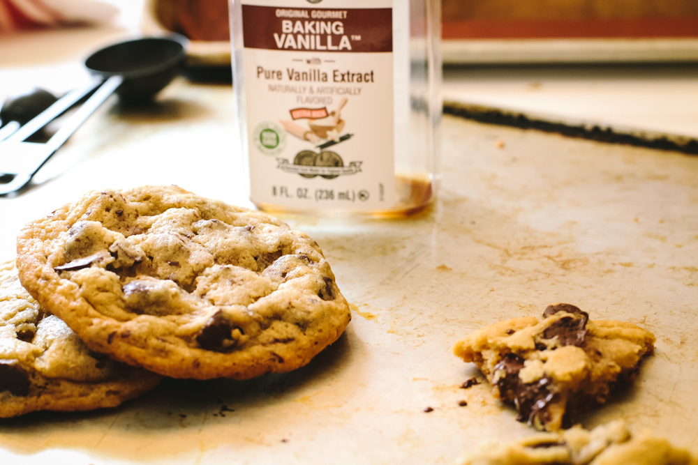 chocolate chip cookies with vanilla