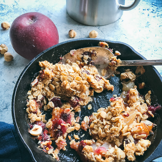 pear apple cranberry crisp 3/4 with spoon