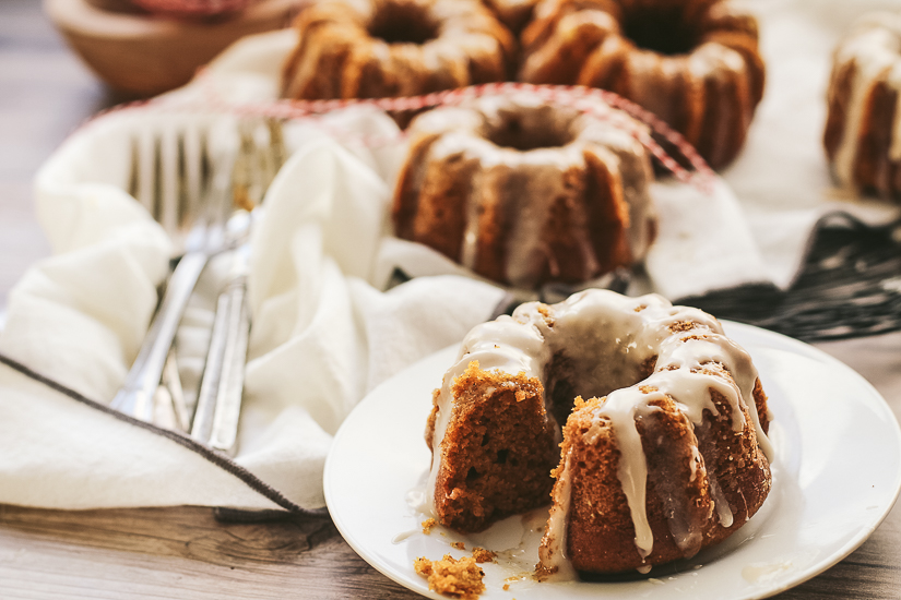 mini pumpkin bundt cakes2 bite taken